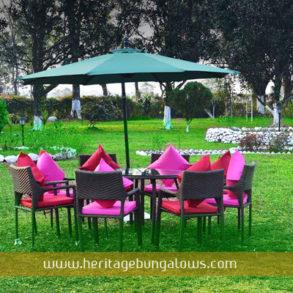 Taljhora Bungalow Lawn